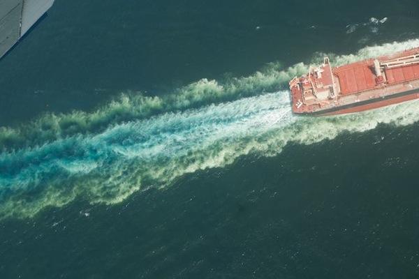 2010-08-04-oil1.jpg