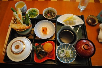 2010-08-04-sushi.JPG