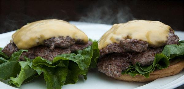 2010-08-05-double_cheeseburgers.jpg