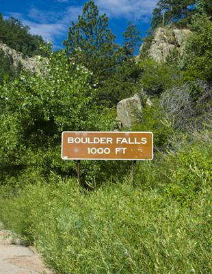 2010-08-10-BoulderFalls1000feet4x3100dpi.jpg