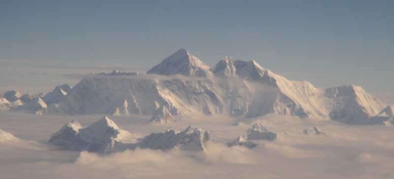 2010-08-24-Mt_Everest_aerial_2005.jpg