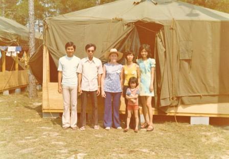 2010-08-24-VietnameseRefugees.jpg