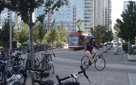 2010-08-28-bikesowaa.jpg