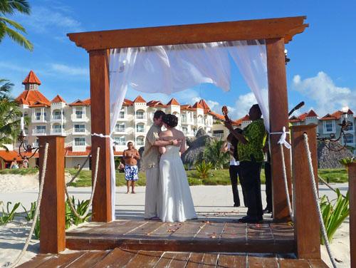 2010-09-04-Merenguewedding.jpg