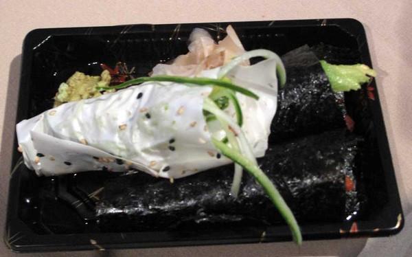 2010-09-07-3handrollsfromKatana.jpg
