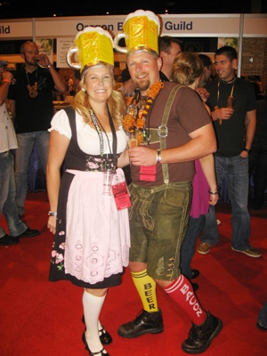 2010-09-20-CostumeCouple.jpg