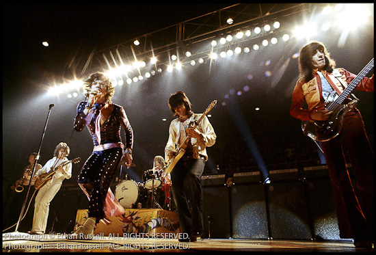 2010-09-22-72Stonesonstage_blog_exile.jpg