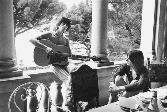 On the veranda with Gram Parsons.