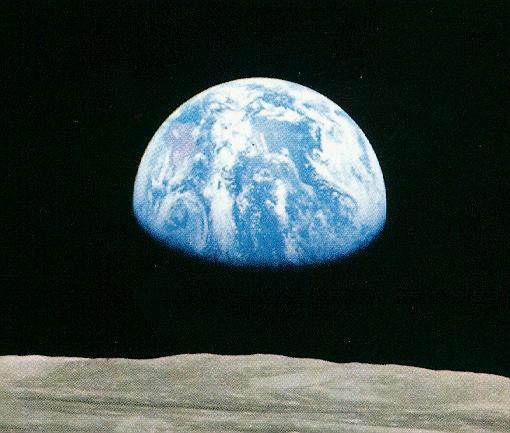 2010-09-23-earthrise.jpg