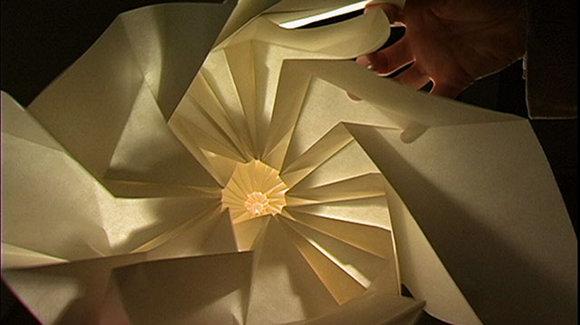 2010-10-07-origamiart.jpg