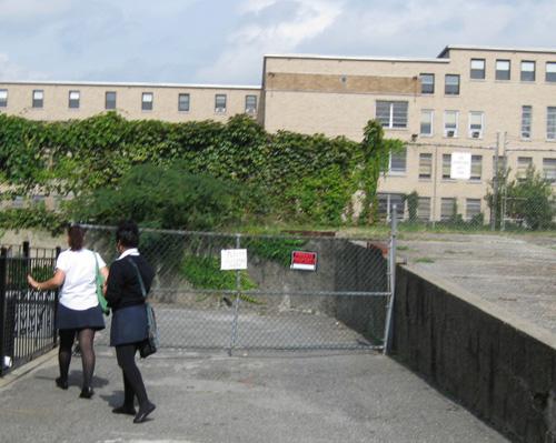 2010-10-09-Teens4.jpg
