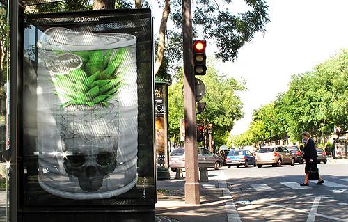 2010-10-14-HuffPObrooklynstreetartludoExtraSweet.jpg