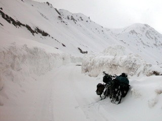 2010-10-15-snow_cycling.jpg