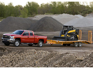 2010-10-16-hd_pickups_2011gmcsilverado_towing.jpeg