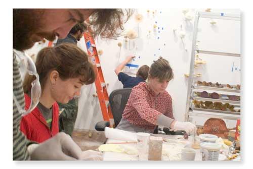 2010-10-19-5_mwiener_mush_workers.jpg