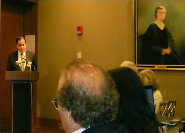 2010-10-19-Islam_and_Pakistan_Harvard_Club_E.jpg