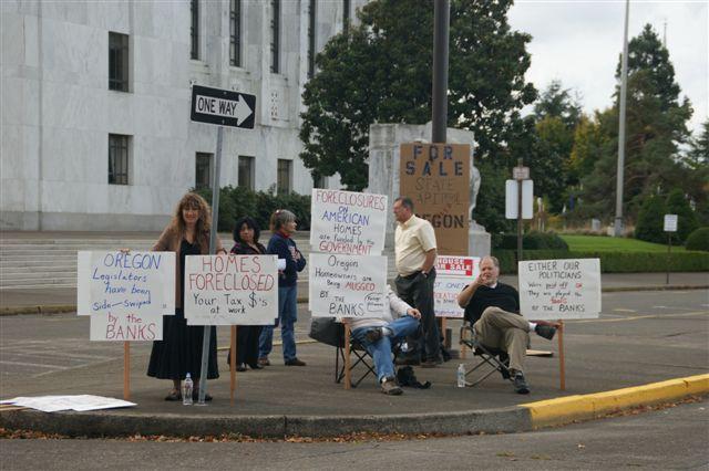 2010-10-26-hampprotest.jpg