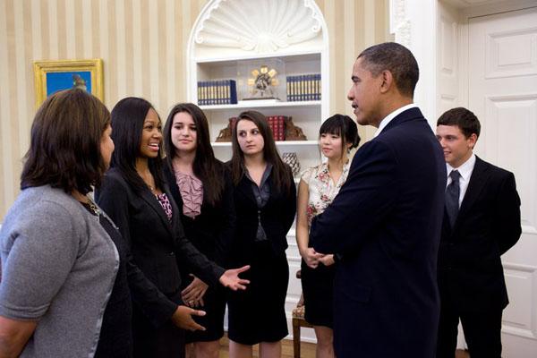 2010-11-02-NiaFroomePresidentObama.jpg