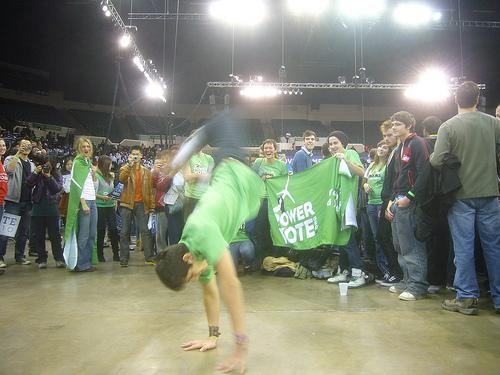 2010-11-02-OHBreakdance.jpg