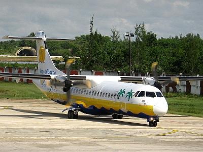 2010-11-05-aerocaribbean_atr_72.jpg