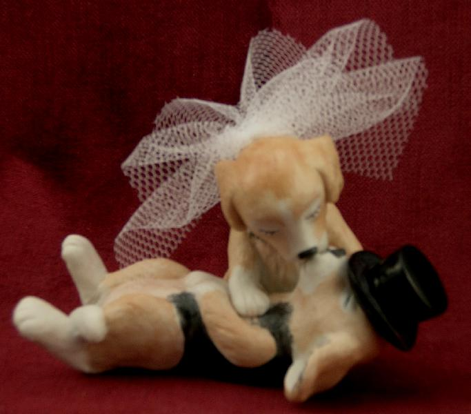 2010-11-05-animalweddingcaketopper2.jpg