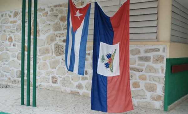 2010-11-12-cholera_cuban_flag.jpg
