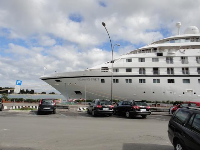 2010-11-17-SeabournSpirit.jpg