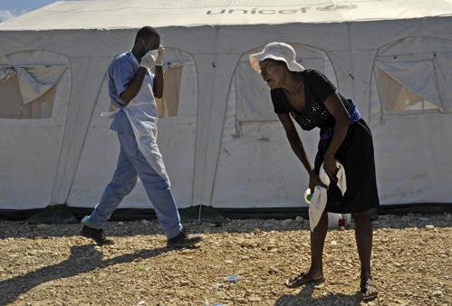 2010-11-17-mirebalais_cholera_006.jpg