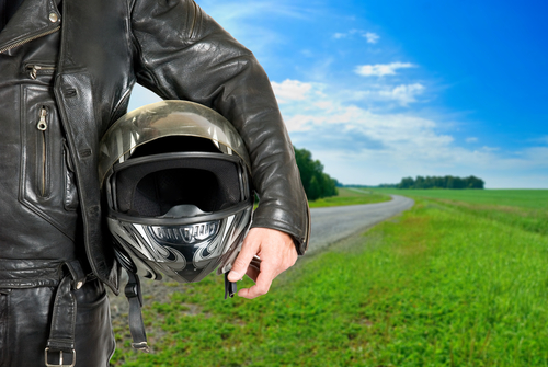 2010-11-20-MOTORCYCLEHELMETSHUTTER.jpg