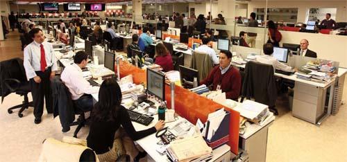 2010-11-28-ElTiemponewsroom.jpg