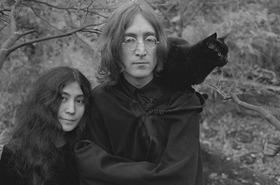 2010-11-29-Lennon_blog_The35_5Frame_1_1_400px_72.jpg