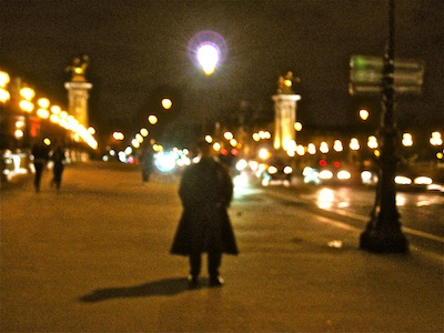 2010-12-09-WalkinginParis.JPG