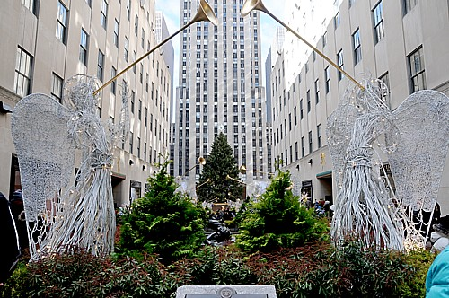 2010-12-12-NYCHolidays120510_081e5cKarenRubin.jpg