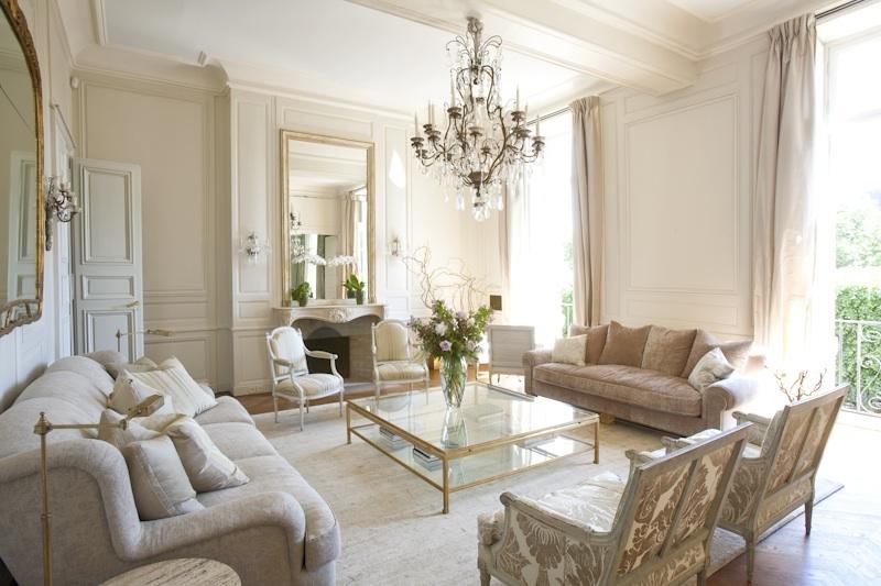 Tiny Home Designs: An Aristocratic Paris Address