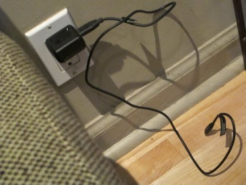 2010-12-14-Cellphonecharger.jpg