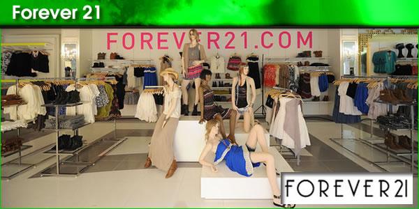 2010-12-23-Forever21panel1.jpg