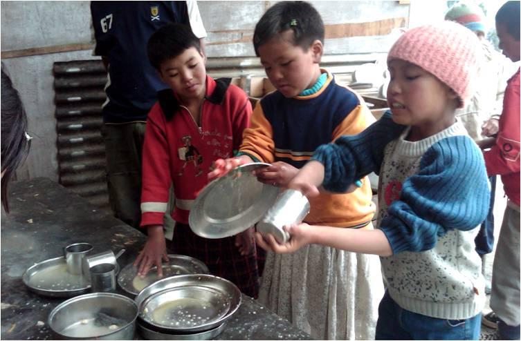 2010-12-26-School_Tibetan_Orphans_India_F.jpg