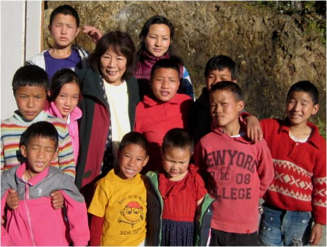 2010-12-26-School_Tibetan_Orphans_India_G.jpg