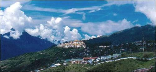 2010-12-26-School_Tibetan_Orphans_India_H.jpg
