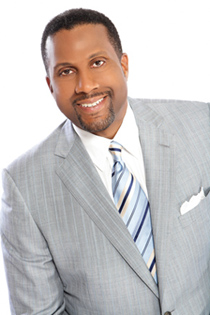 2011-01-06-TavisSmiley1007_2.jpg