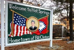 2011-01-15-BillClintonsign300x205.jpg