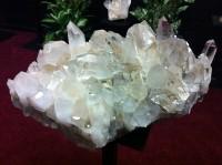 2011-01-15-quartzcyrstal200x149.jpg