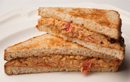 2011-01-19-pimento_cheese_sandwich.jpg