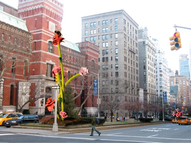 2011-01-24-image_xlimage_2010_03_11536_Park_Avenue_Rose_Sculptures_03162010.jpg