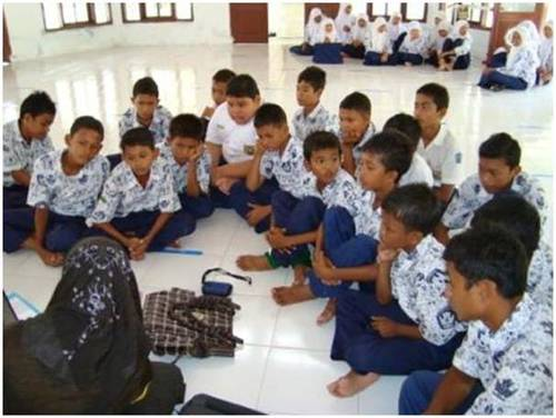 2011-01-30-Aceh_Rotary_Youth_Center_A.jpg