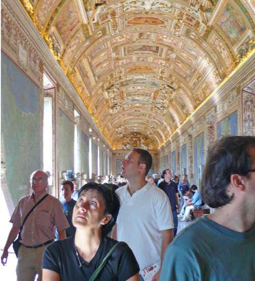 2011-02-08-3.Vatican.jpg