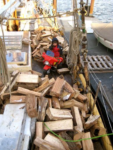2011-02-17-2-17-firewood2011.jpg