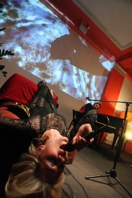 2011-02-17-louisachair.jpg
