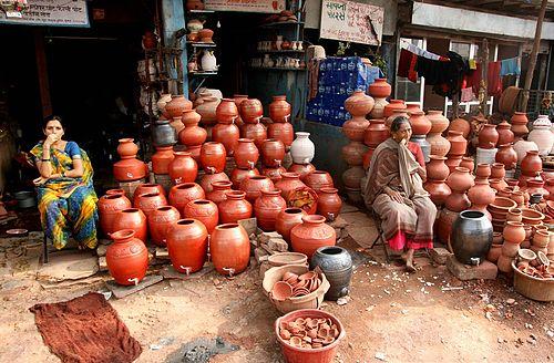 2011-03-11-500pxMumbai_Slum_Economy.jpg