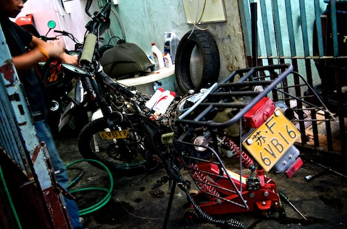 2011-03-11-BikeBreakdown.jpg